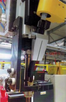 应用焊接机器人的意义